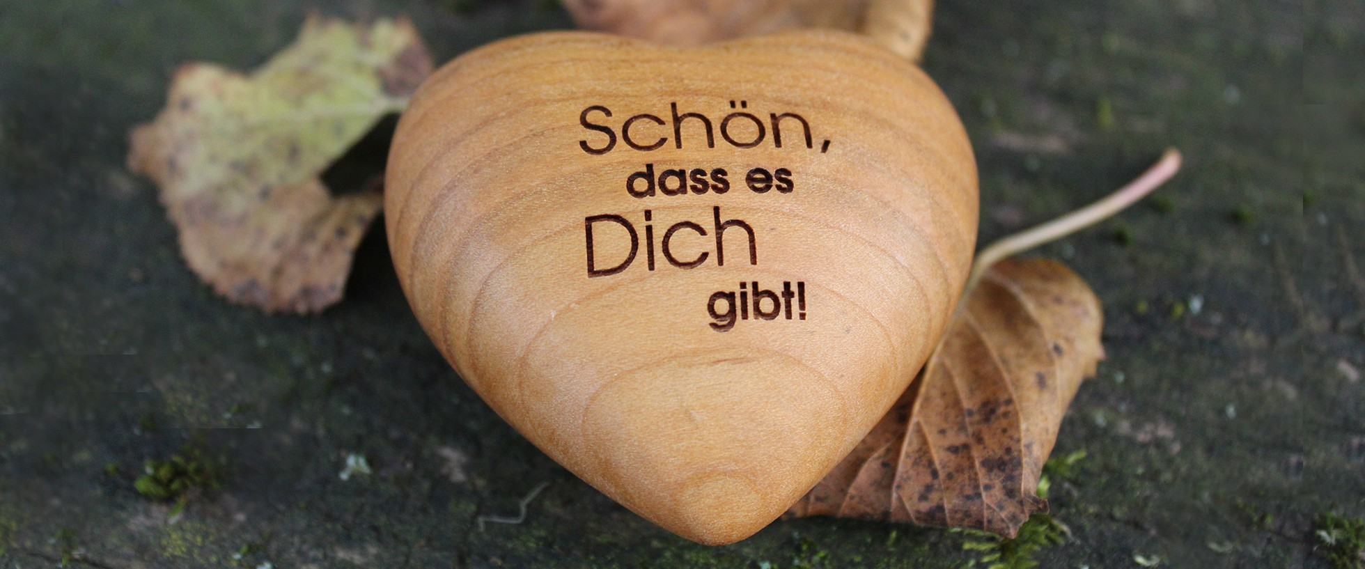 """ThankGoods, Giving, Holzherz """"Schön, dass es Dich gibt!"""""""